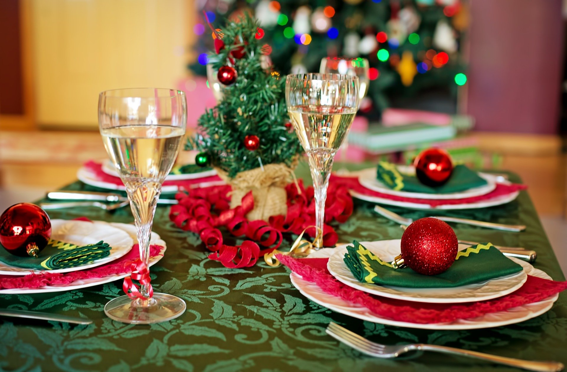 Care for Your Holiday Table Linens